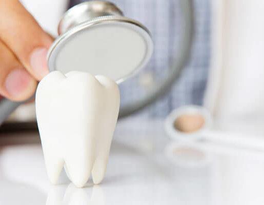 ¿Necesitas prótesis dentales? resolvemos dudas