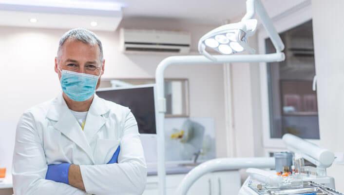 Qué tener en cuenta para escoger implantes dentales